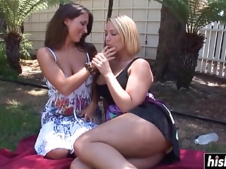 Fabulous babes scarcity to please each other - mellanie monroe