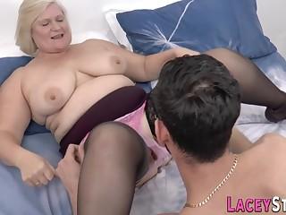 Well-fed grandma gets their way hoochie-coochie railed