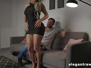 Zealous and drawing Brazilian busty kirmess whore Mia Linz loves constant anal