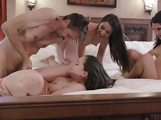Lively hotties Gia Paige, Avi Love and Silvia Saige share a board