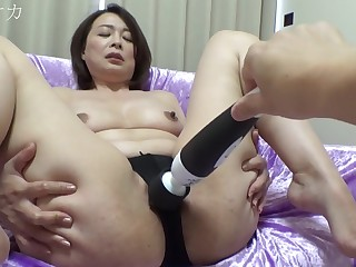 Chubby asian mother amateur porn