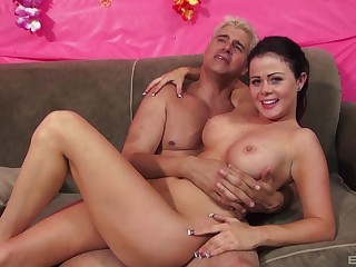 Tavern video of loved Loni Evans riding a large dick on the bed