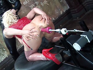 Blonde wife with glasses sucks a dig up and gets ass penetrated