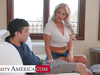 Naughty America: Hot Milf Jordan Maxx wants that young cock on the top of PornHD